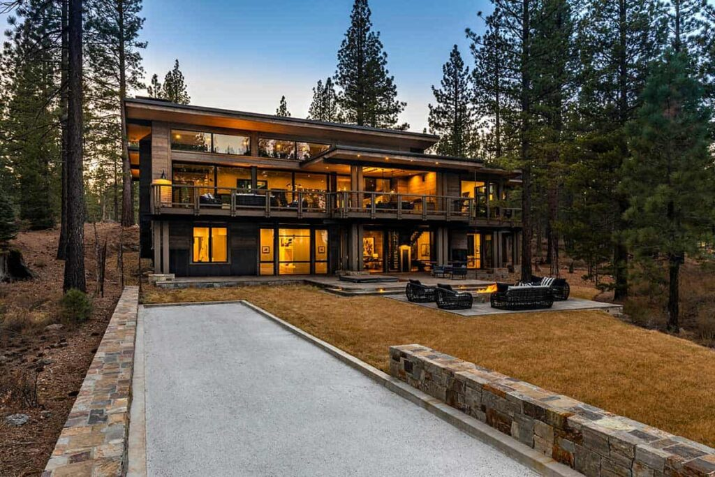 Lot 400 Martis Camp Home by Walton Architecture + Engineering