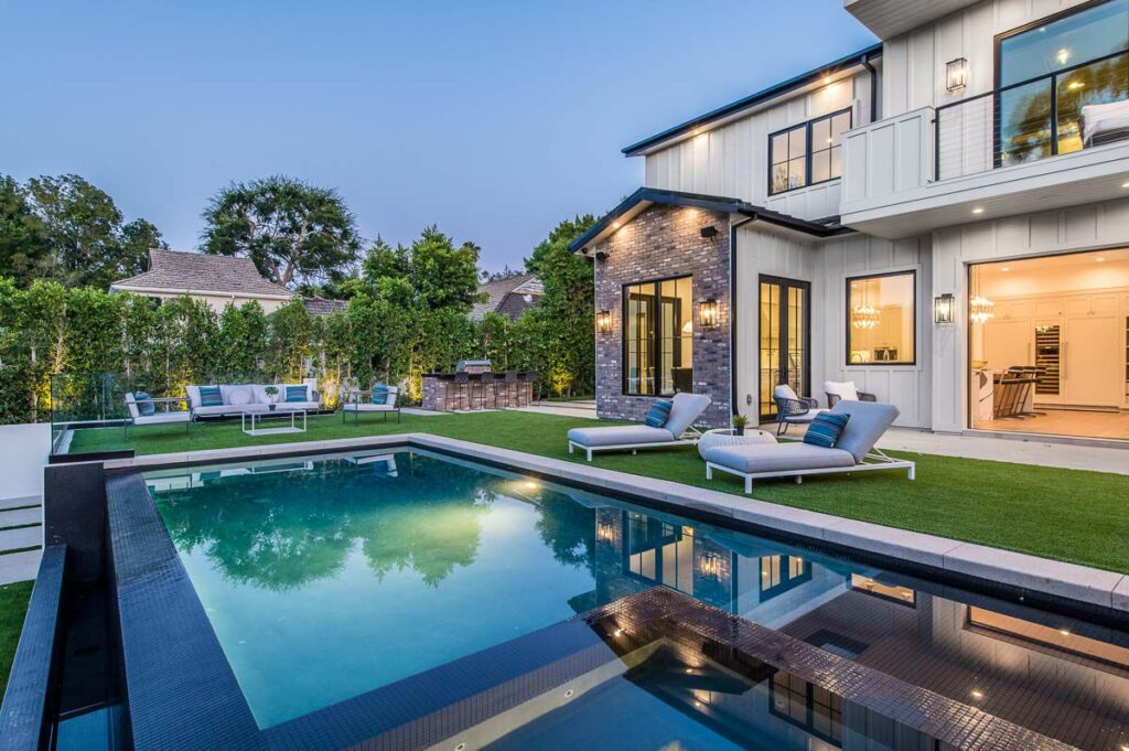 New Construction Traditional Home in Encino