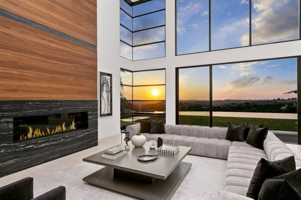 Outstanding Brand New Rancho Santa Fe House for Sale
