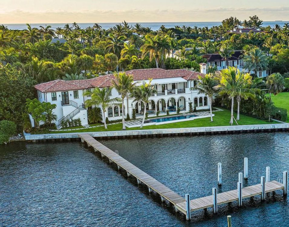 Palm Beach Home on Spectacular Waterfront Location
