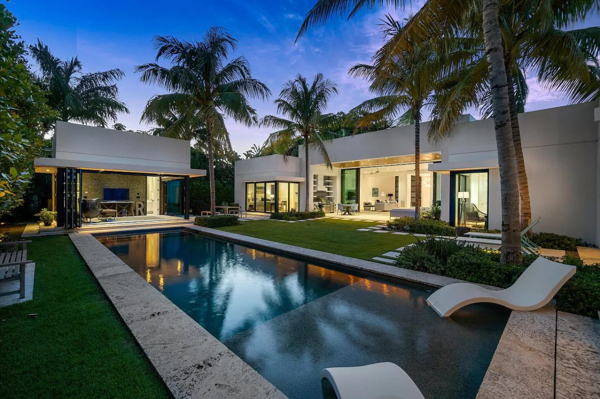 Spectacular Delray Beach Modern Home for Sale