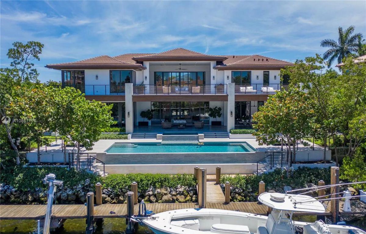 Spectacular Modern Tropical Coral Gables Home for Sale