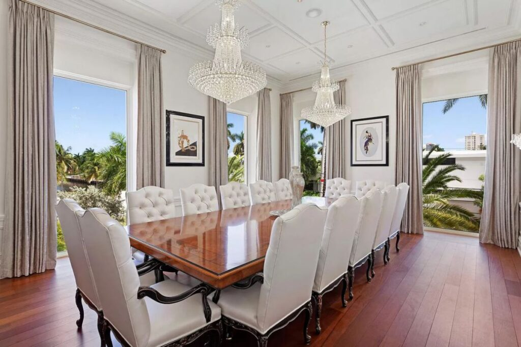 Stunning Fort Lauderdale House on Royal Plaza
