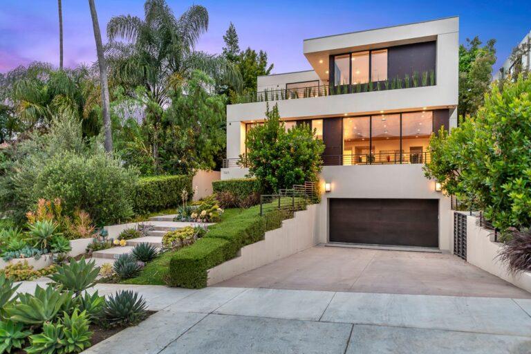 Westwood Modern Home in Los Angeles by Marmol Radziner Architecture