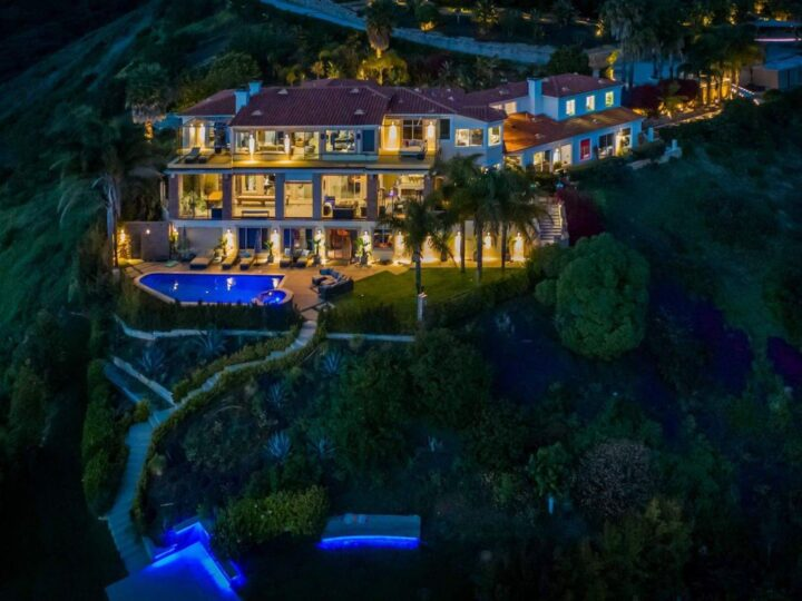 $30,000,000 Villa Pacifico – A Trophy Home for Sale in Malibu, California