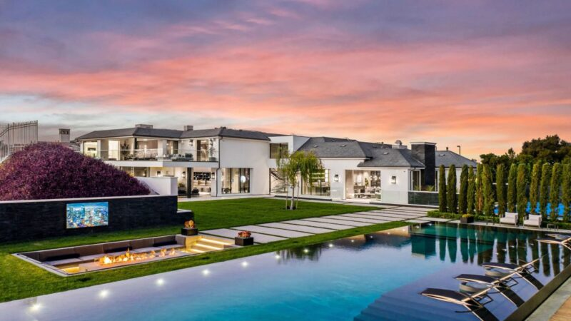 $37,999,000 Striking Modern California Mansion with the Highest Quality