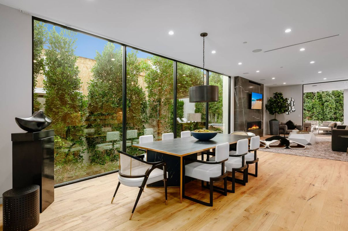Luxurious Modern Harper House in Los Angeles for Sale at $4,895,000