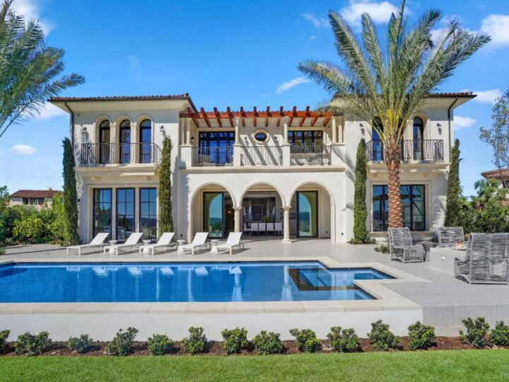 A Brand New Newport Coast Contemporary Home for Sale $11,495,000