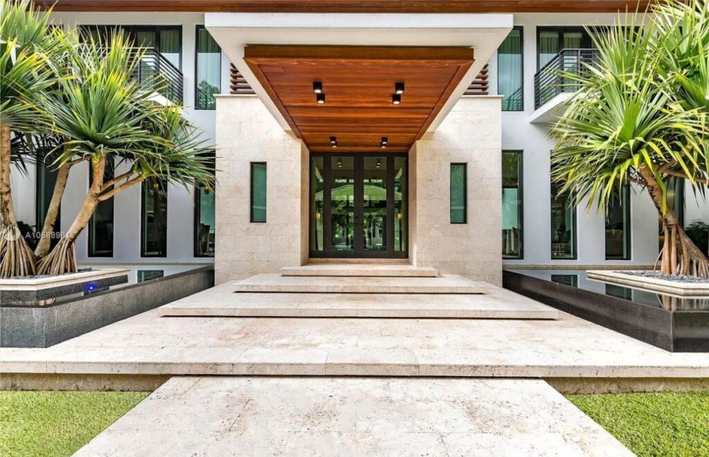 A Completely Smart House for Sale in Coral Gables