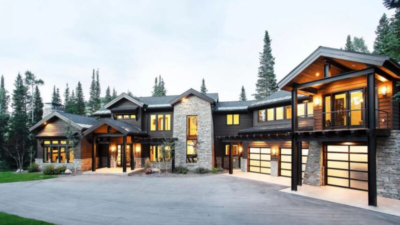 A Lovely Mountain Contemporary House in Utah for Sale at $7,199,000