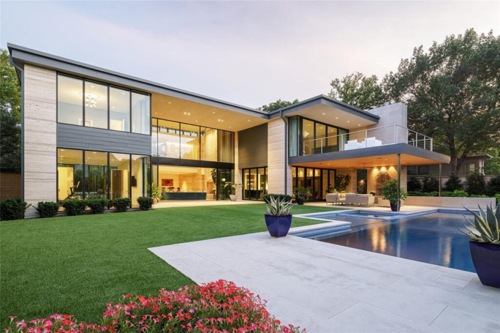 An Exceptional Modern Home in Dallas for Sale