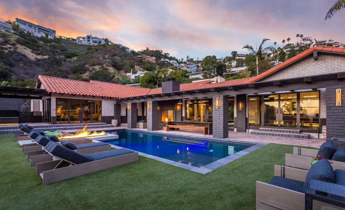 An Exquisitely Home for Rent in Los Angeles