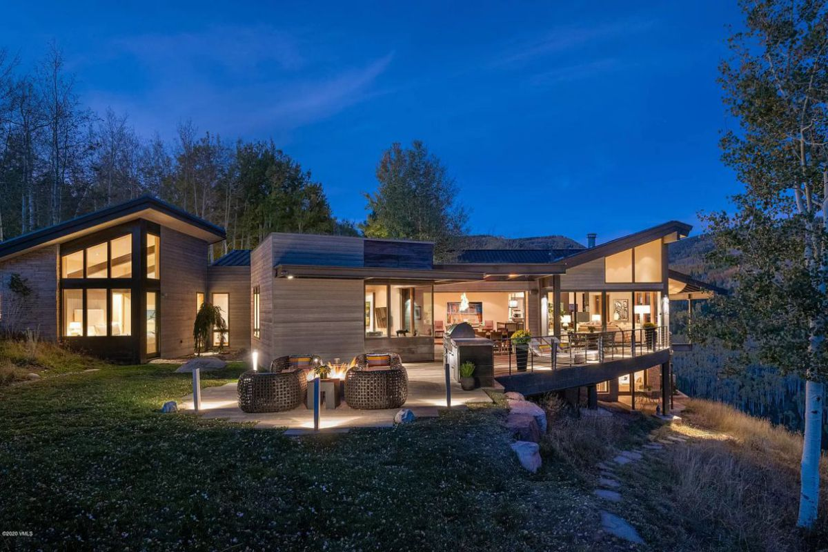 Breathtaking Modern Home for Sale in Avon, Colorado