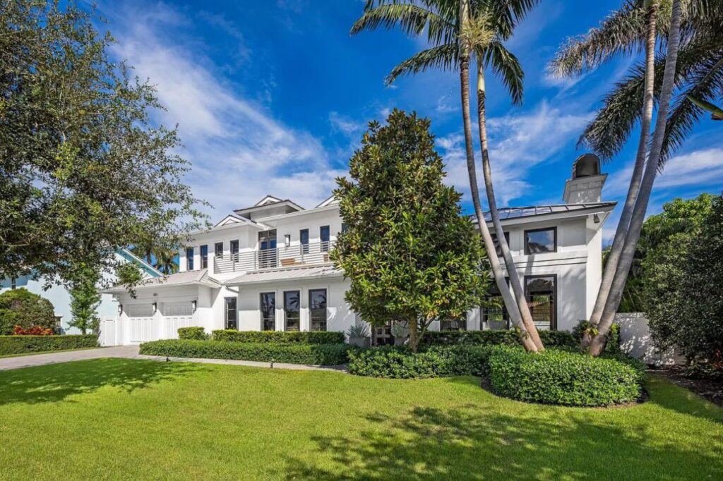 Classical Elegant Seagate House in Delray Beach for Sale