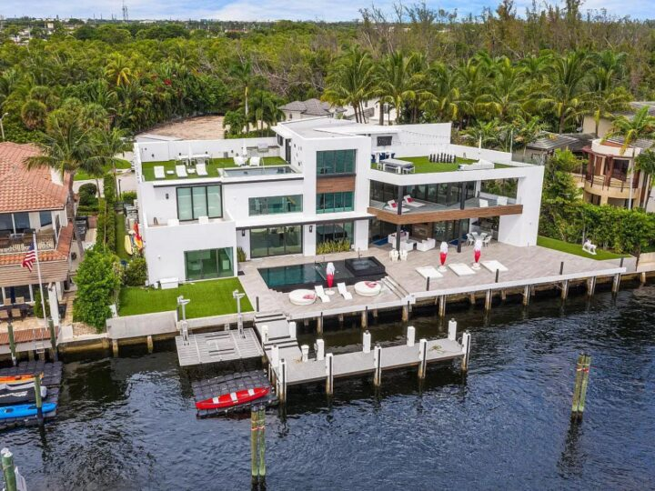 Contemporary Intracoastal Home for Sale in Boca Raton at $11,250,000