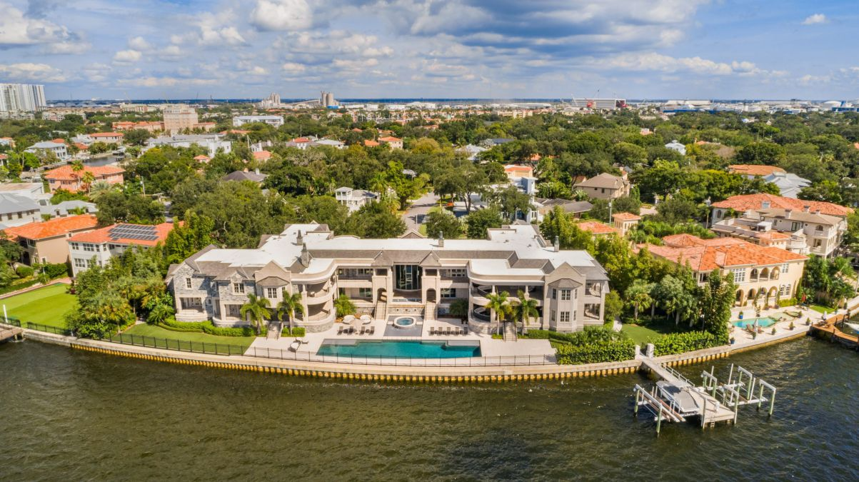 Custom Designed Private House for Sale in Tampa, Florida