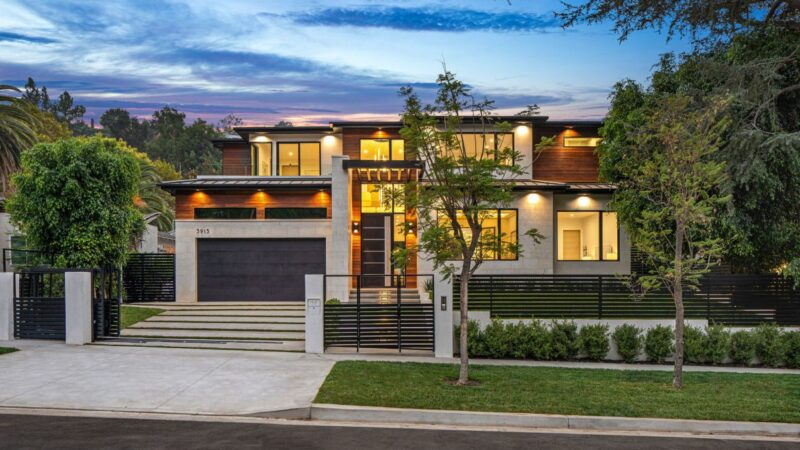 Exceptional Contemporary Home for Sale in Sherman Oaks at $4,999,000