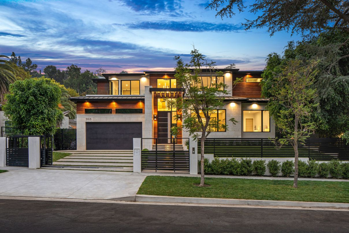 Exceptional Contemporary Home for Sale in Sherman Oaks