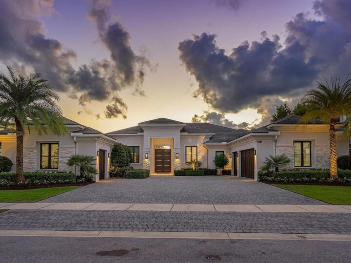 Gorgeous Waterfront Home in Palm Beach for Sale at $5,700,000