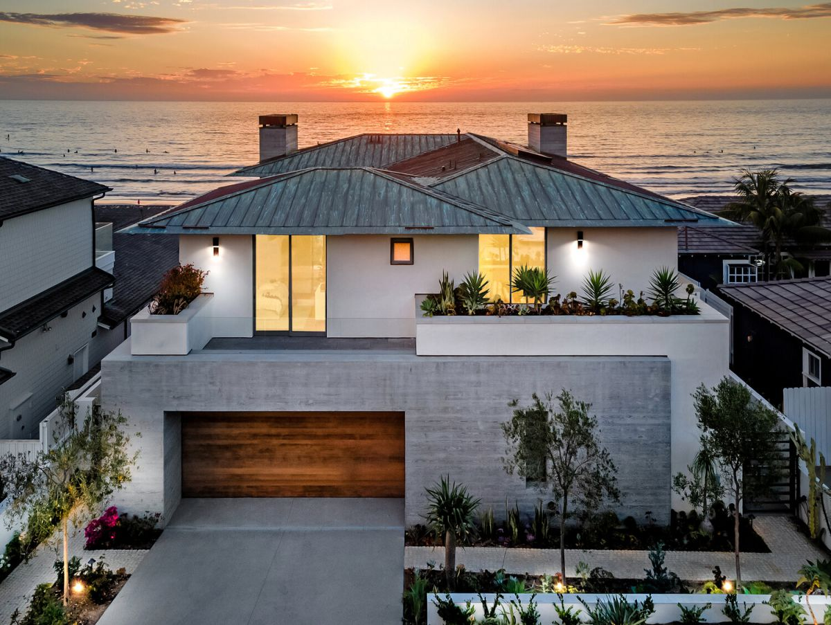 La Jolla Home for Sale offers Luxurious Beachfront Living