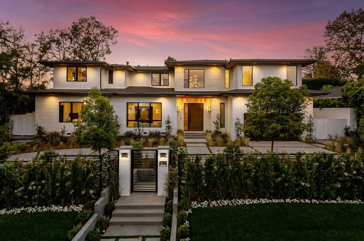 Modern Transitional Home for Sale in Pacific Palisades