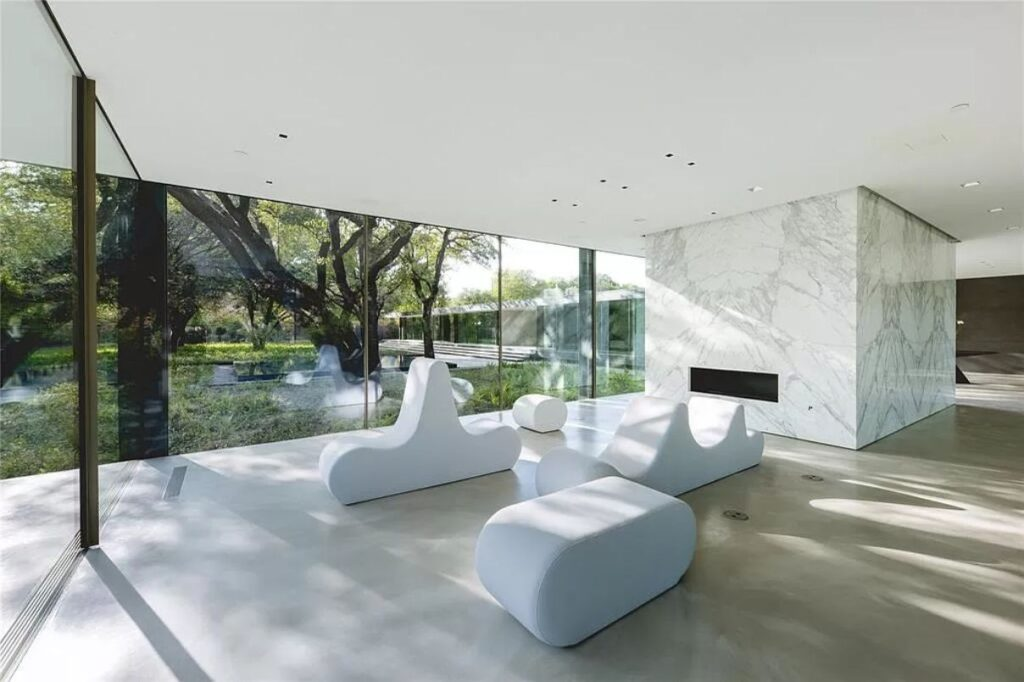 Significant Modernist Home for Sale in Dallas, Texas