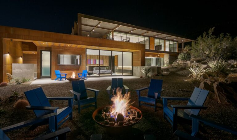 Spectacular Montana Court Home in Nevada for Sale
