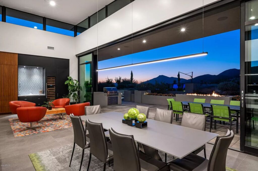 Stunning New Contemporary Scottsdale House for Sale at $3,895,000