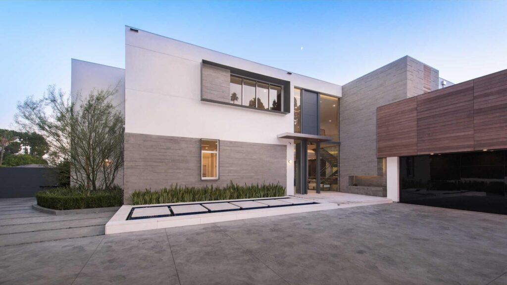 Brand New Los Angeles Modern Home Hits Market for $13,900,000
