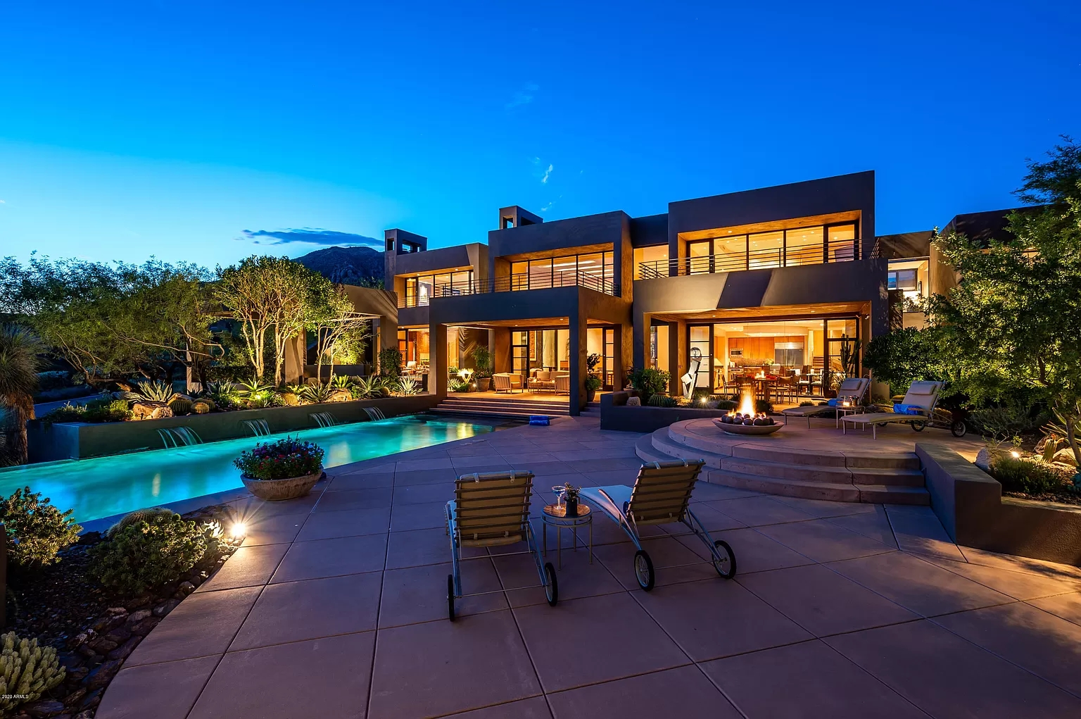 A House with Modern Cubist Design in Scottsdale