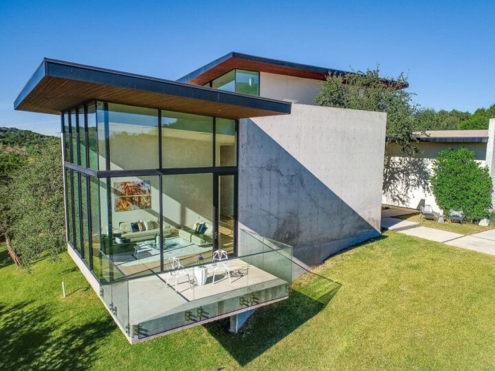 A Spectacular Architectural Home for Sale in Austin
