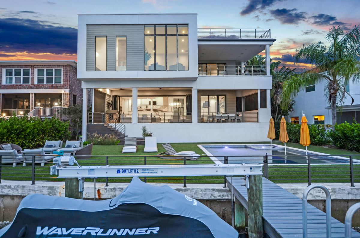 An Exceptional Contemporary Home in Tampa Asking for $9,150,000