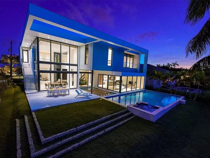 An Exquisite Hallandale Beach Home