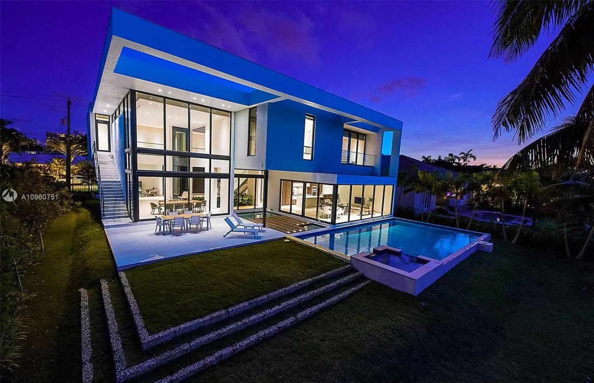 An Exquisite Hallandale Beach Home Awaits New Owner for $5,100,000
