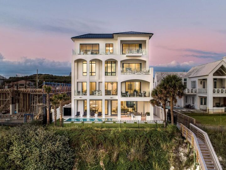 An Unique Florida Home in Santa Rosa Beach