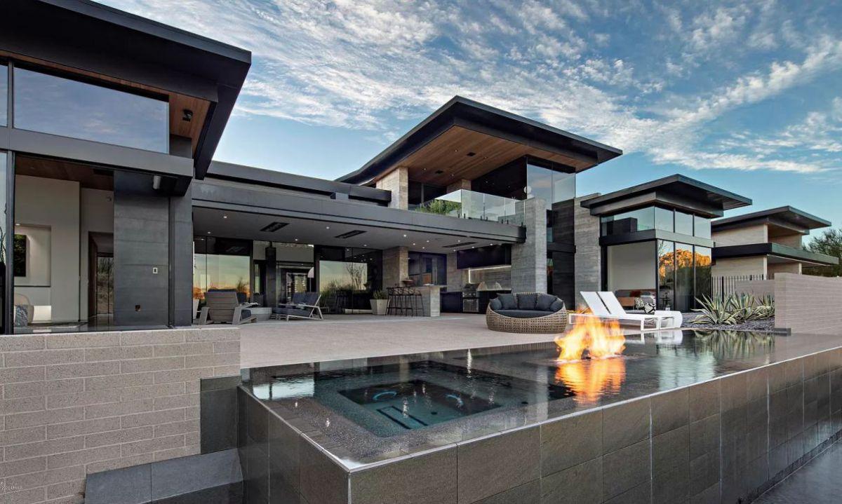 Elegant Arizona Modern Home in Scottsdale