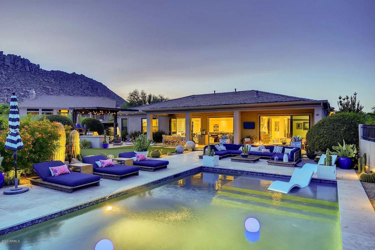 Enjoy Arizona Sunsets at Scottsdale House for Sale