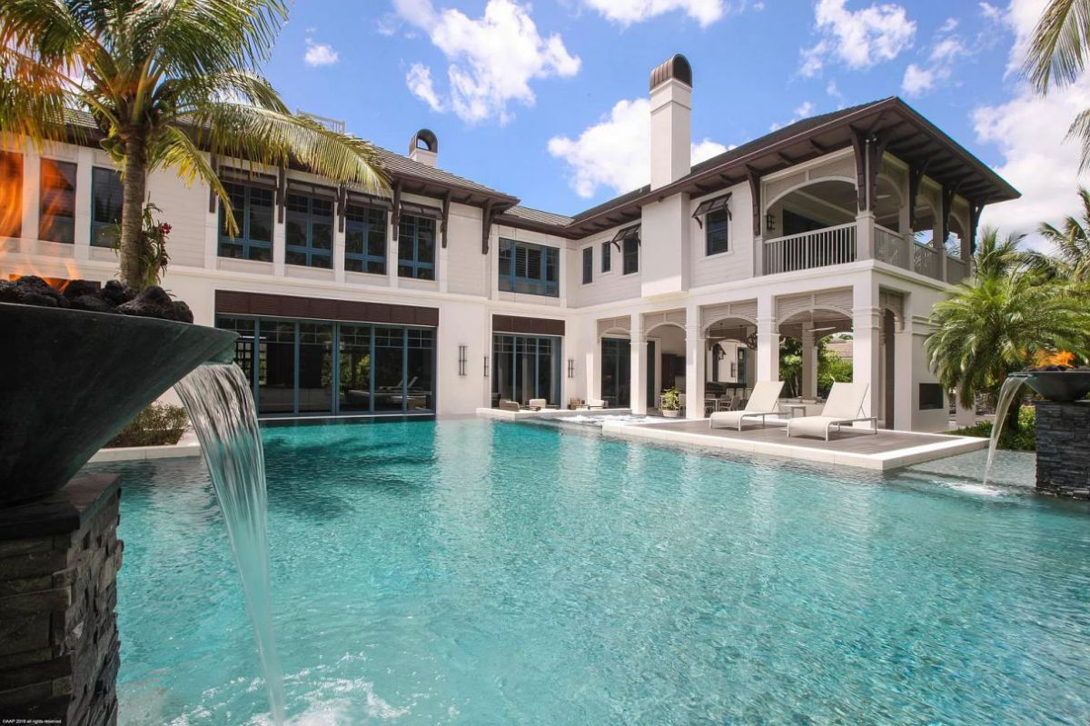 Incredible Lavish Resort Style House for Sale in Palm Beach Gardens