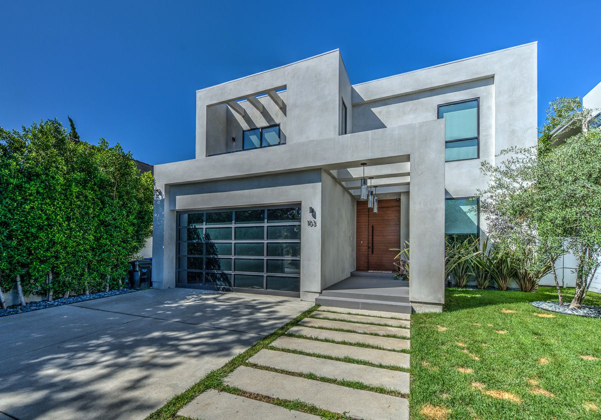 Laurel Avenue Modern House for Rent in Los Angeles