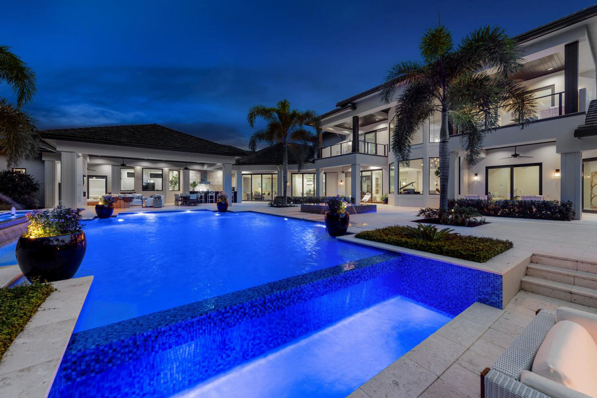 Modern Coastal Style Home for Sale in Naples