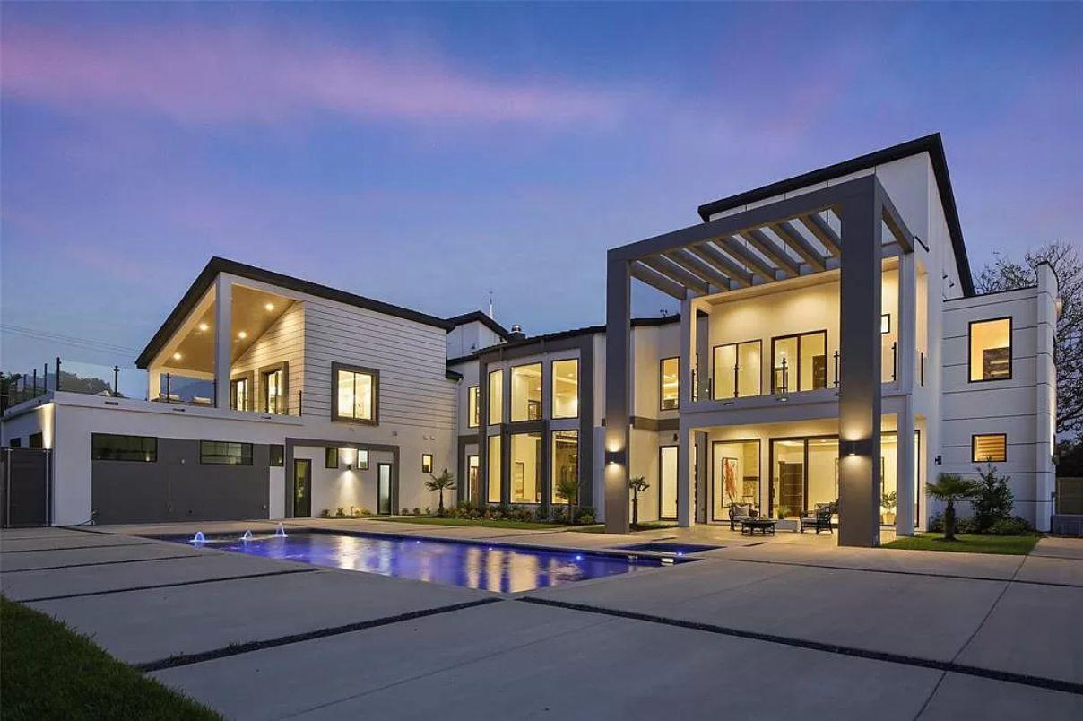 Preston Hollow Contemporary Home in Dallas asks for $3,850,000