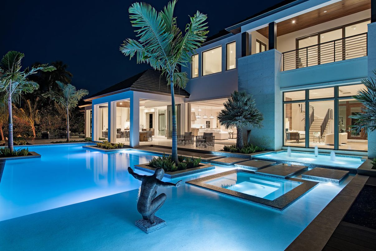 Sublime Coastal Contemporary House in Naples for Sale
