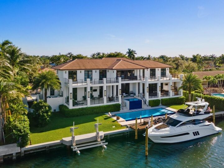 A $13,950,000 Coral Gables Home with Stately Architectural Features