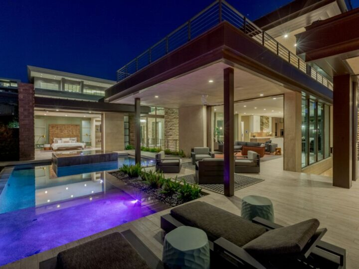 A $4,300,000 Henderson Home for Sale Captures Dazzling Views