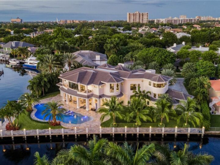 A Modern Transitional House in Fort Lauderdale Sells for $12,500,000