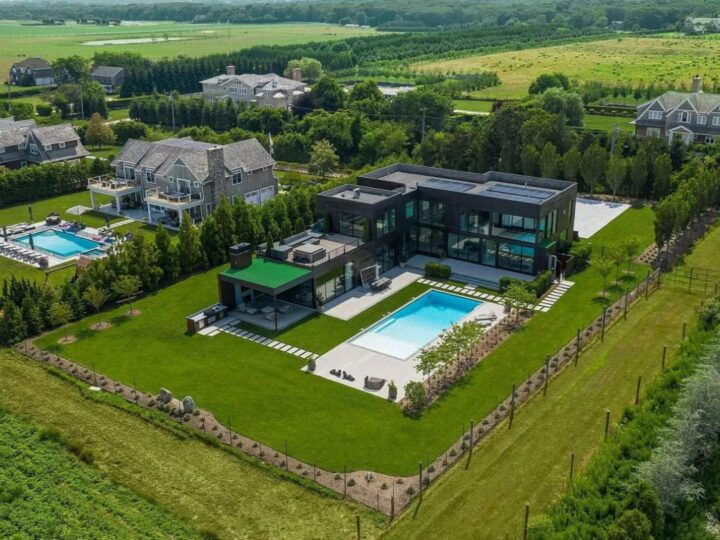 An Exceptional New York Home in Water Mill for Sale at $10,450,000
