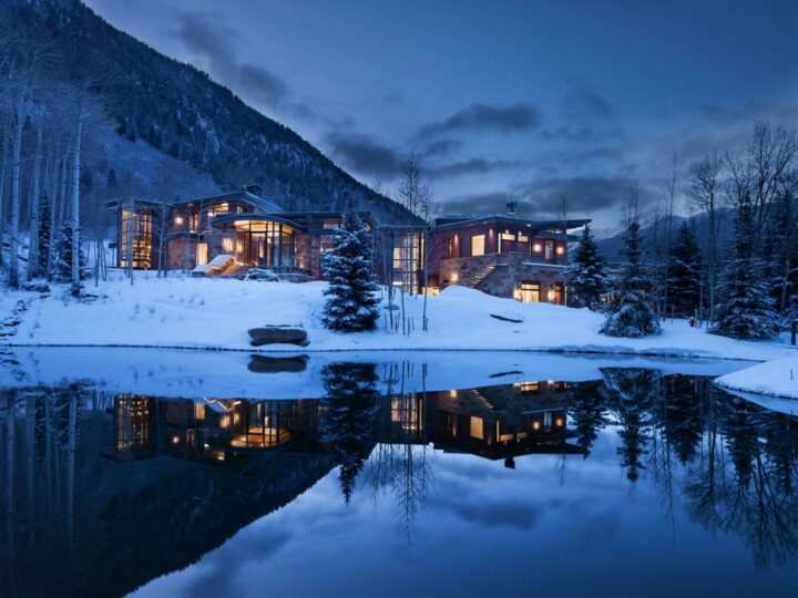 Aspen Park Mountain House in Colorado by Charles Cunniffe Architects