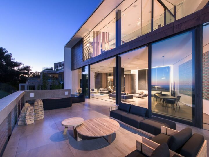 Enjoy the Best Cityscape Views in Los Angeles Home is Asking $8,275,000