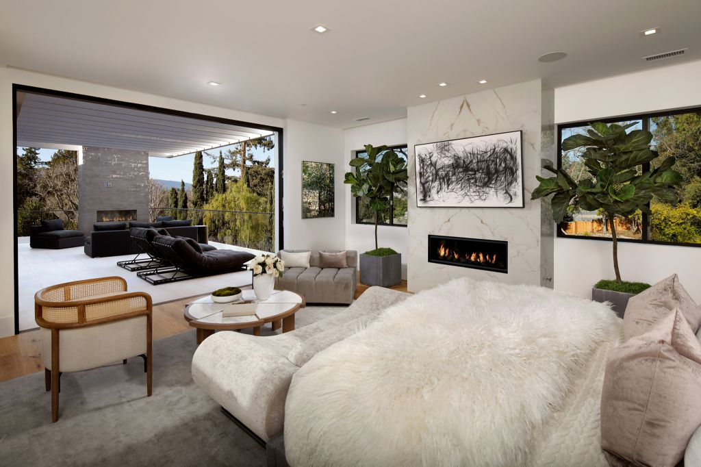 The Home in California is a new contemporary estate just completed in Menlo Park with expansive outdoor living spaces now available for sale. This home located at 23 Sunset Ln, Menlo Park, California; offering 5 bedrooms and 6 bathrooms with over 4,500 square feet of living spaces.