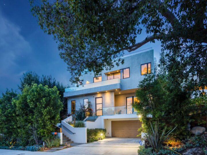 The Contemporary Home in Pacific Palisades is a luxurious residence with panoramic ocean views now available for sale. This home located at 14635 Whitfield Ave, Pacific Palisades, California; offering 6 bedrooms and 8 bathrooms with over 6,500 square feet of living spaces.